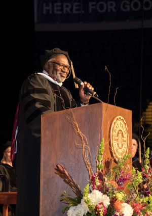 Dr. Charles Coe delivers the 121st Commencement Speech